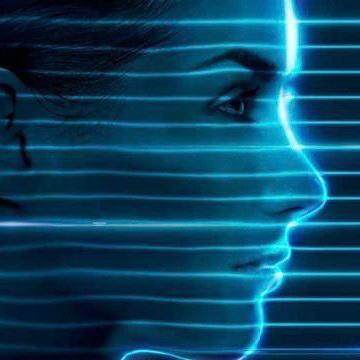 ¿Cómo afecta la luz azul de los dispositivos electrónicos a nuestra piel?